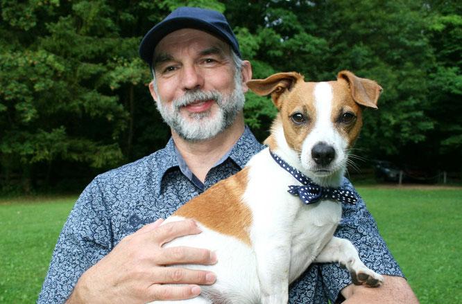 Rüdiger Kramer aus Kleinblittersdorf und sein Jack Russell Terrier Toby sind seit neun Jahren ein außergewöhnliches Team.