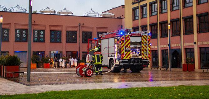 In der Saarland-Therme wurde am Samstagmorgen der Notfall geprobt.