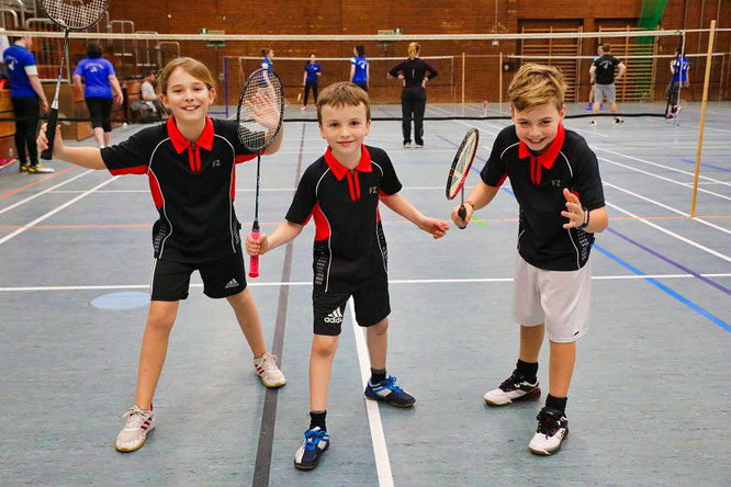 von links: Malin Keßler, Fabian Karmann und Kevin Steimer zählen zu den größten Badminton-Talenten des Vereins.