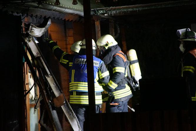 Insgesamt waren 60 Feuerwehrleute im Einsatz.