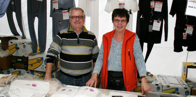 Brigitte und Andreas Reinhold hatten die Idee vom ersten Wendalinusmarkt, der gestern mehrere hundert Menschen nach Bliesransbach lockte