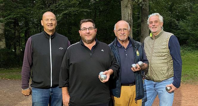 Tagessieger Volker Burgard, Stephan Munzinger, Jörg Neufang, Andreas Persch vom Golfclub Homburg