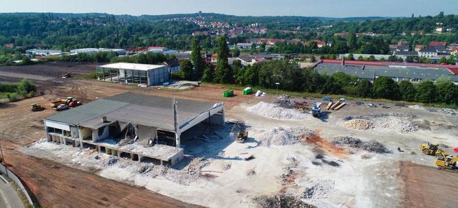 Auf dem ehemaligen Fustiplast-Gelände in Rilchingen-Hanweiler wurde in diesem Herbst alles platt gemacht. Zwei neue Produktionshallen werden nun gebaut.