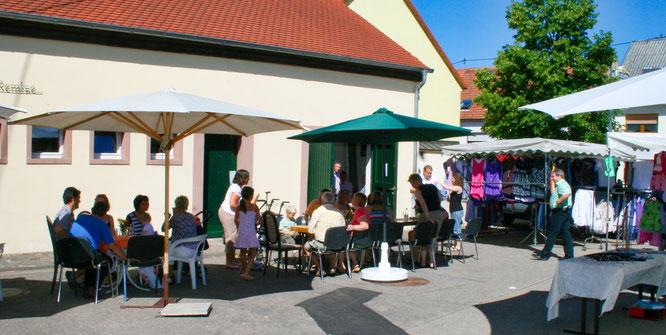 Das Café Schwätzje findet am Freitag auf dem Ruppertshof-Vorplatz in Auersmacher statt.