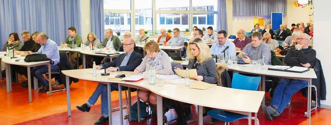 Der Gemeinderat tag am Donnerstag wieder in der Mensa der Gemeinschaftsschule in Kleinblittersdorf.