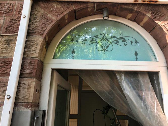 Mit viel Liebe fürs Detail wird das Gebäude renoviert.