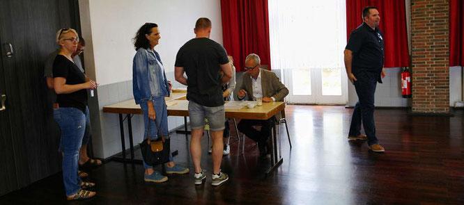 Auersmacher ist die große Ausnahme. Um 13 Uhr lag die Wahlbeteiligung bei 70 Prozent.