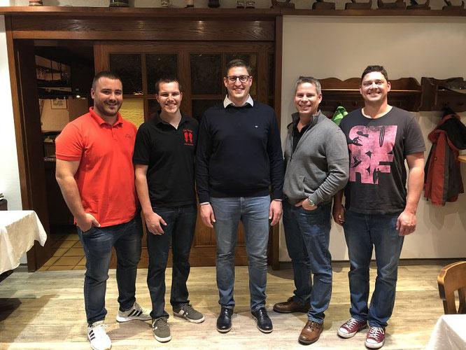 Der neue geschäftsführende Vorstand. von links: Jonas Brach (Schriftführer), Oliver Hector (1. Vorsitzender), Daniel Walter (Präsident), Robert Adamek (1. Schatzmeister), Manuel Wagner (2. Vorsitzender).