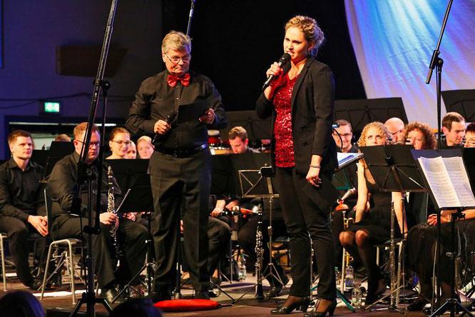 Bernhard Britz und Sarah Walter moderierten die zweite Movie Night