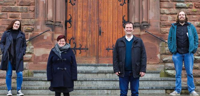 Dieses Quartett singt nach dem Auftritt in Kleinblittersdorf, wo dieses Bild entstand, am Sonntag live beim Radio-Gottesdienst in der Auersmacher Kirche (von links): Caterina Bur, Carina Peitz, Christian Bur, Raphael Petri.
