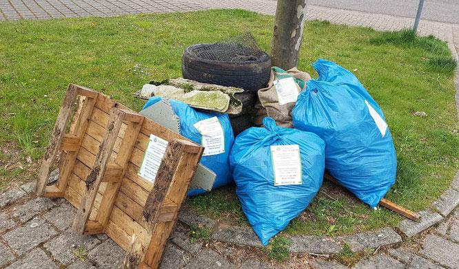 In Auersmacher und Bliesransbach sammelten freiwillige Helfer Müll ein.