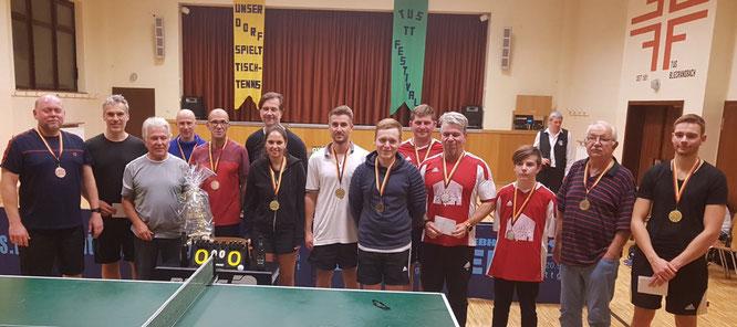 Siegerehrung beim Dort spielt Tischtennis 2019.