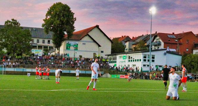 Die Profis der SV Elversberg gewannen mit 4:2 gegen aufopferungsvoll kämpfende Auersmacher Amateure.