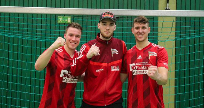 Wieder vereint beim SV Auersmacher. Von links: Die drei Bliesransbacher Marius Schley, Sandro Kempf (Seit 2020 beim SVA) und Lars Birster.