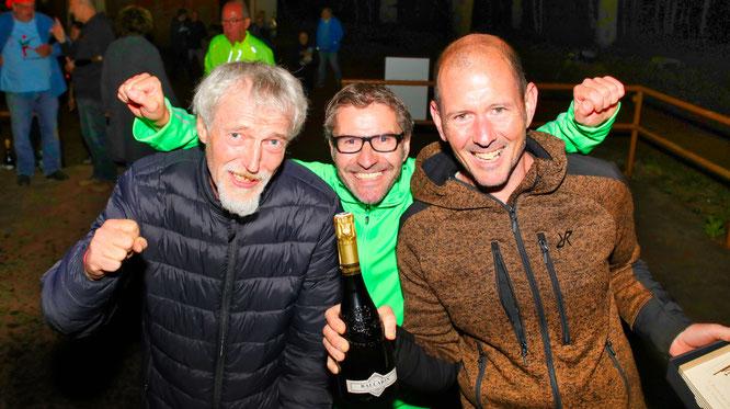 Jürgen Philipp, Dieter Hector und Christoph Paschwitz haben das Boule-Turnier in Sitterswald gewonnen.