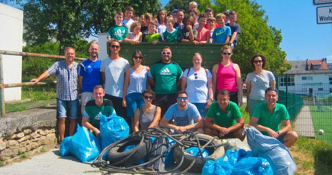 Tolle Müll-Sammelaktion der Jugendabteilung des SV Auersmacher