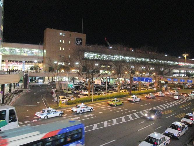 夜の仙台駅。