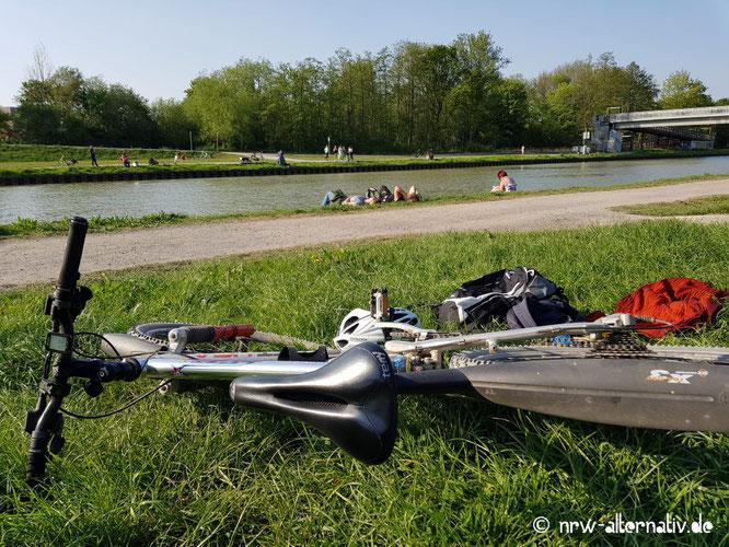Das Bild zeigt den Kanal in Münster.