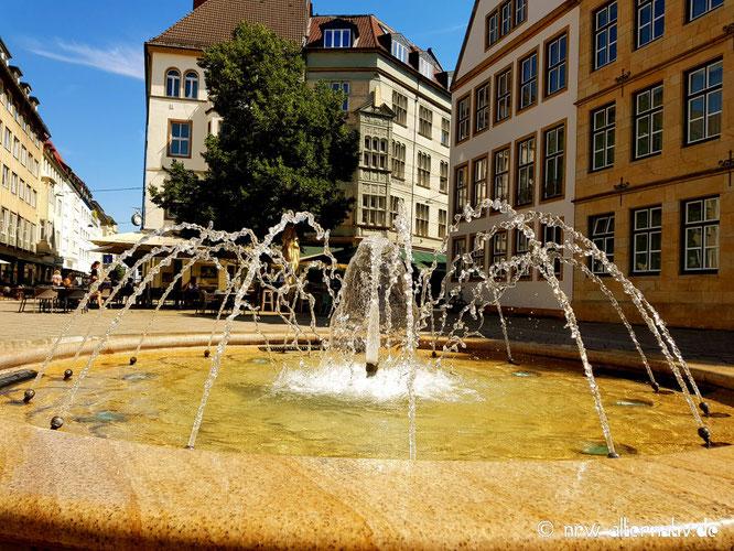 Ein Brunnen in der Bielefelder Altstadt.