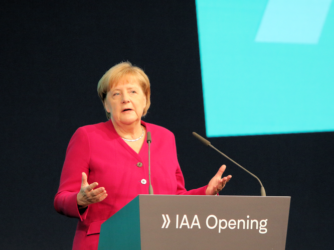 Bundeskanzlerin Angela Merkel - IAA Eröffnung 2019 © Klaus Leitzbach/frankfurtphoto