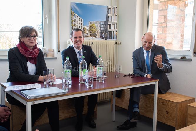 Pressekonferenz v.l.n.r.: Daniela Matha, OB Schwenke, Jochen Kuppinger © FFM PHOTO / Friedhelm Herr