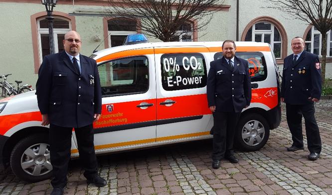 Feuerwehr Aschaffenburg mit dem ersten E-Kleintransporter 2016