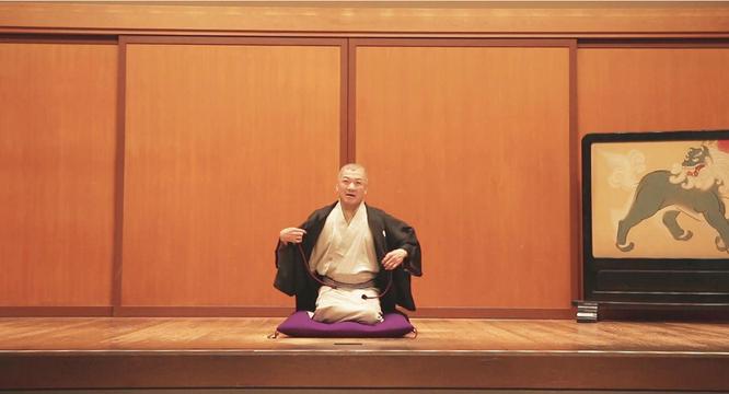 映画「ねぼけ」では落語映画でもある。劇中では江戸安政四年より続く歴史ある鈴本演芸場が撮影場所として使われており、入船亭扇遊さんが主人公の師匠役として出演して「替り目」を披露。