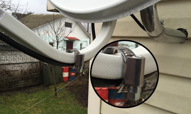 Установка спутниковой антенны на сайдинг