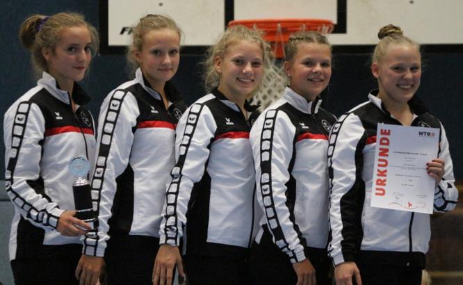 v.l.: Mia Höcke, Sophia Eichelsbacher, Nele Bredebusch, Dana Coerdt, Joke Bingmann. Es fehlt: Mara Steinborn