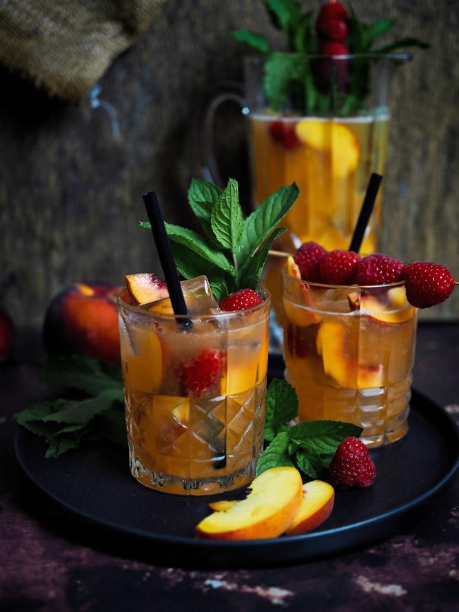 Selbstgemachte Pfirsich-Ingwer-Limonade
