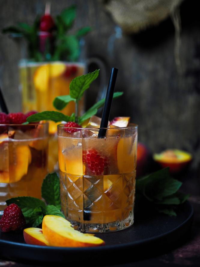 Selbstgemachte Pfirsich-Ingwer Limonade