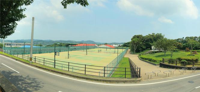 大谷公園テニスコート