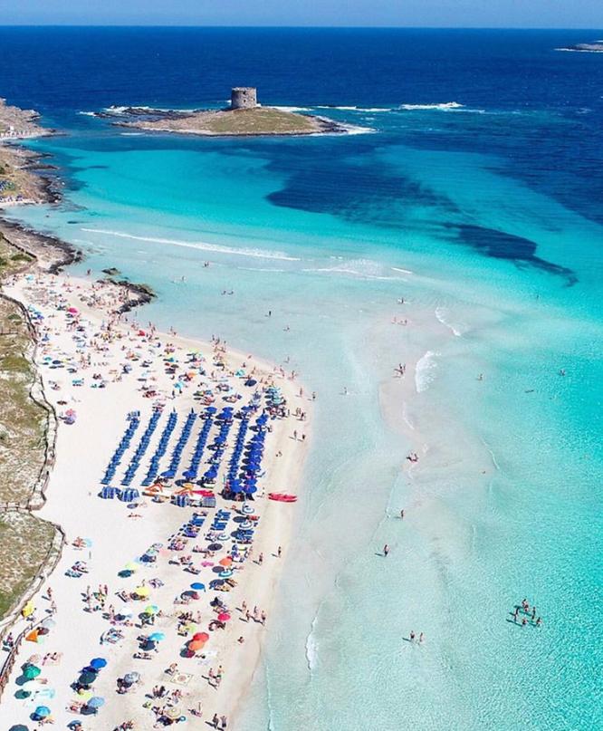 "Regole Spiaggia La Pelosa Stintino ""Sardegna"" Foto: @thiago.lopez"