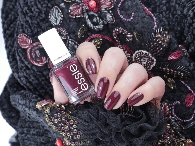 essie • ace of shades (EU 653) • Game Theory Collection (fall 2019)
