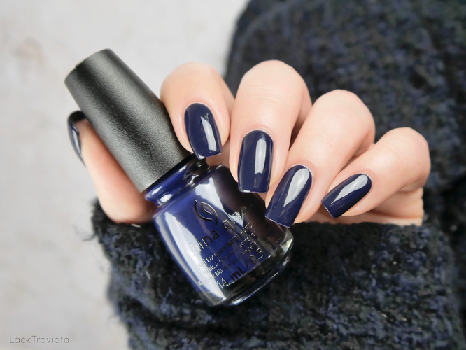 China Glaze • You Don't Know Jacket • Ready To Wear Collection (fall 2018)