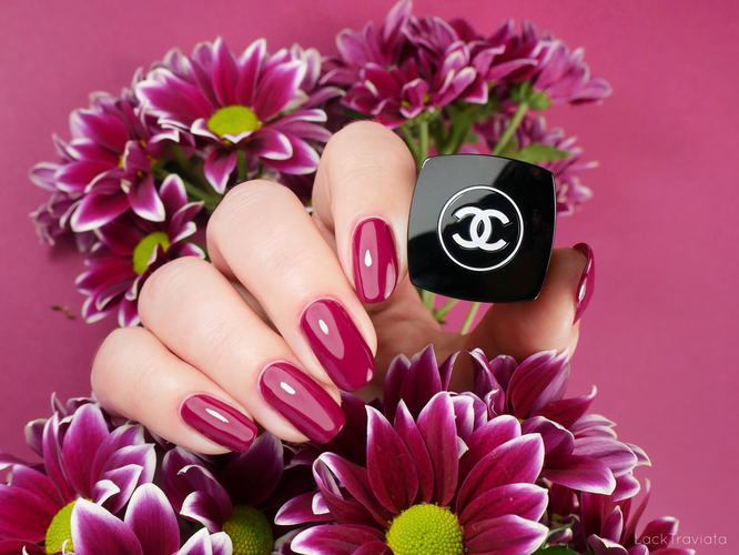 CHANEL • VIBRATION 761 • Rouge Coco Flash Collection