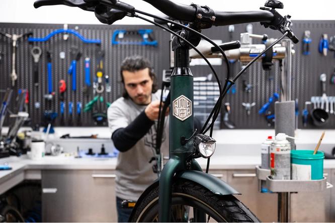Ampler Bikes baut Servicepartner Netzwerk in Deutschland aus