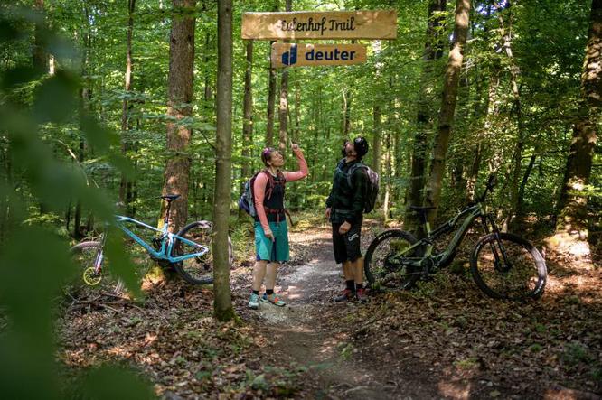 Christina Völlinger (Marketingleiterin) und Andy Rieger (Eulenhof Trail)