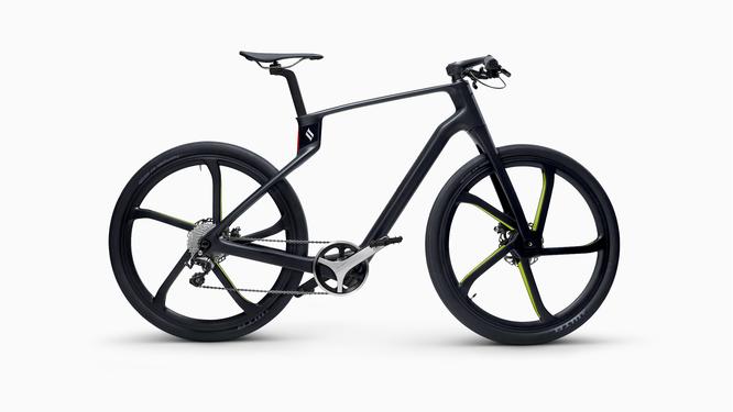 Superstrata präsentiert weltweit erstes Unibody Carbon Bike