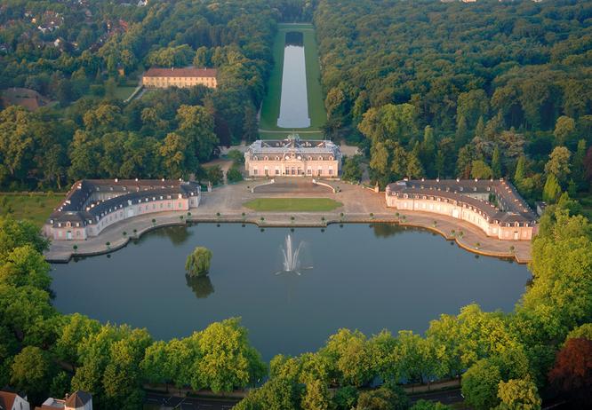 Schloss Benrath Duesseldorf