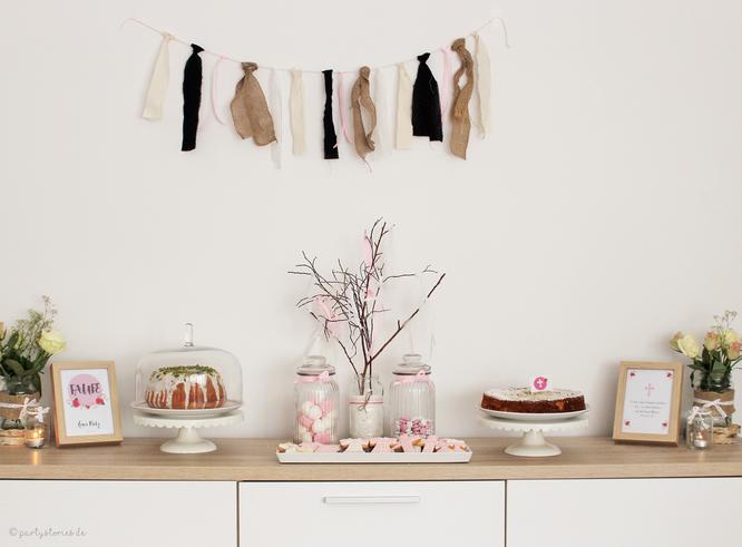 Bild: Candybar und Sweet Table für die Taufe, gefunden auf Partystories.de
