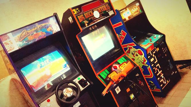 ホテル アメリカ 古い 安い ゲームセンター