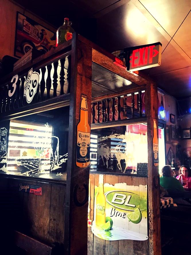 コヨーテブラフカフェ