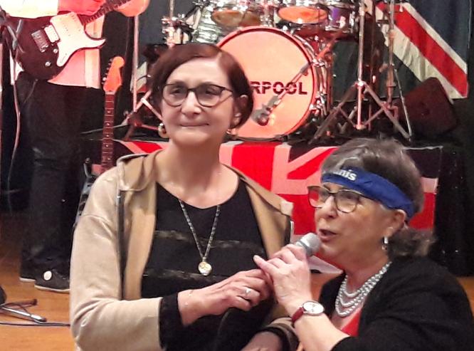 A l'occasion de la soirée « Beatles » ce vendredi 7 février à Fontenay le Cte, Claudie Thomas, Présidente du Kiwanis Mélusine présente le Dr Eliane Florentin ,Pdte de l'asso D'MEL'MOME et annonce qu'une partie des bénéfices sera reversée à D'MEL'MOME
