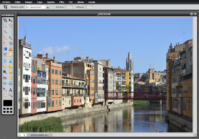 Captura de pantalla de Pixlr Editor.