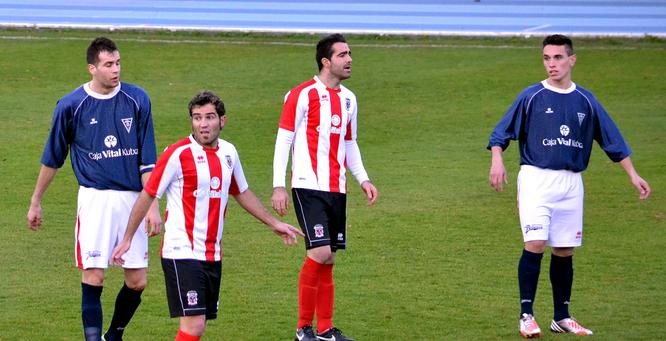 Imágen del último Laudio - Aurrera de Vitoria disputado en Ellakuri, en la temporada 2012-13.