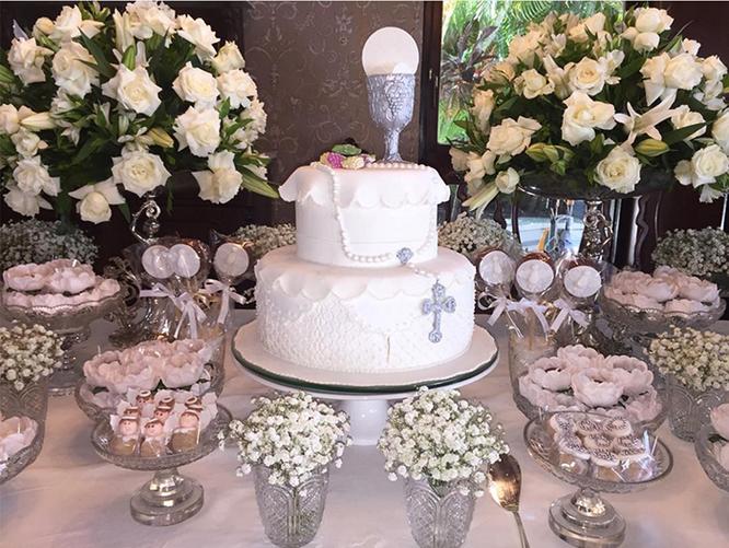 pastel primera comunion de niña