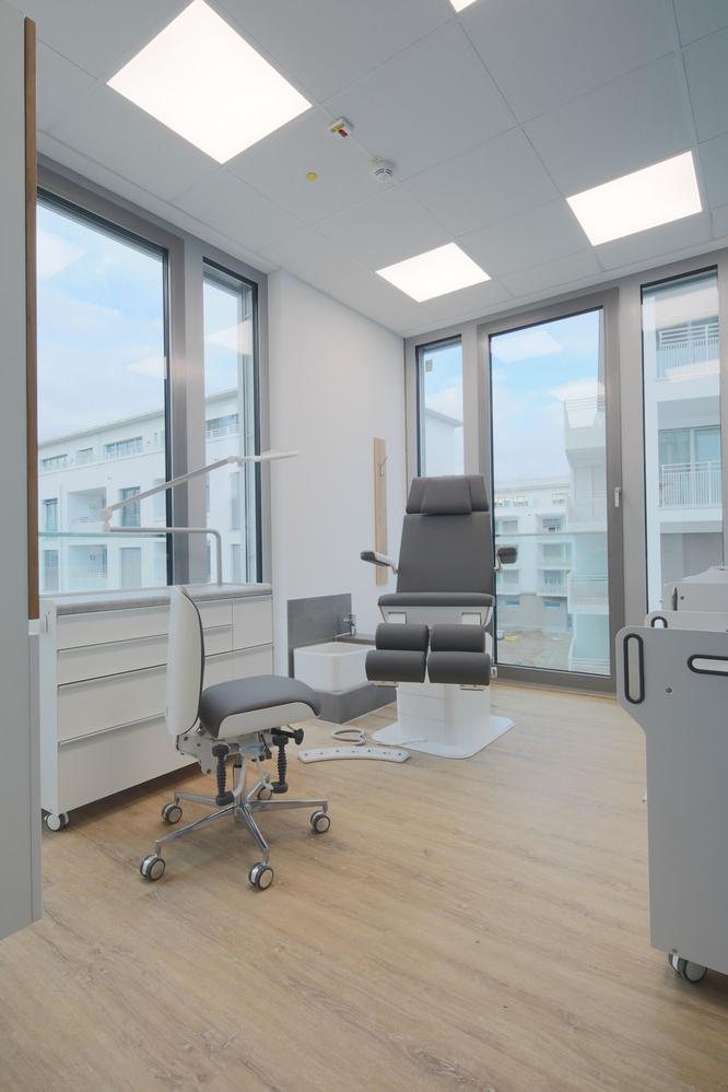 Helle, moderne Behandlungsräume