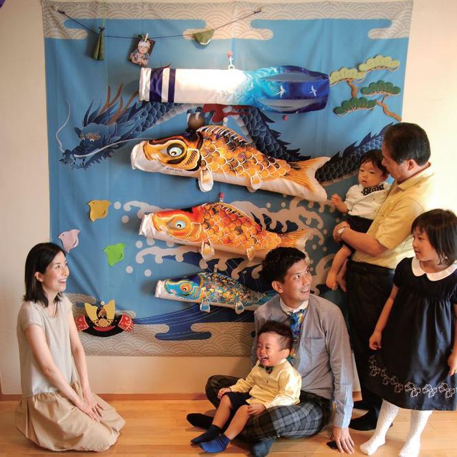 キャンバス鯉のぼり 祝 家族で節句の記念撮影