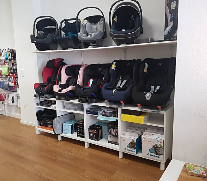 """Zwergperten-Shop in Berlin-Friedrichshain: Fachhandel für Reboarder, Babyschalen und """"große"""" Auto-Kindersitze"""
